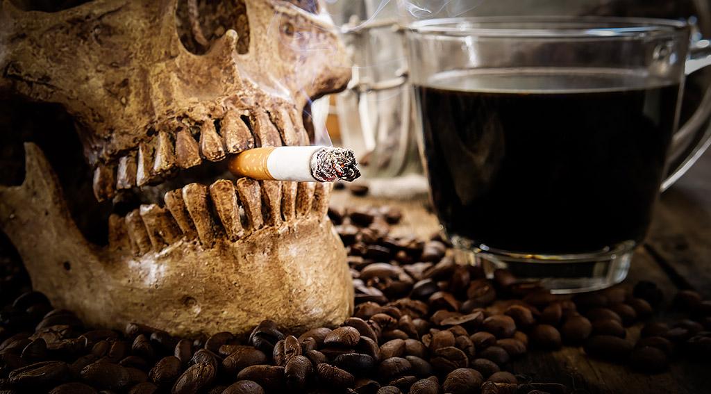 インプラントと喫煙の関係とは